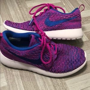 Nike Roshe size 6.5